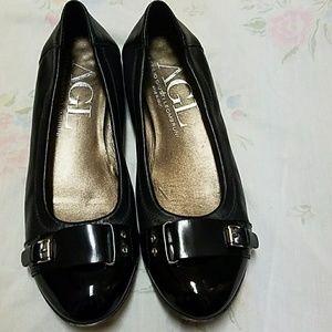 Ladies AGL flats. Size 37 1/2
